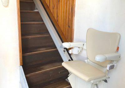 Monte-escalier droit à Gigean