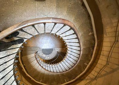 Monte-escalier en colimaçon à Montpellier